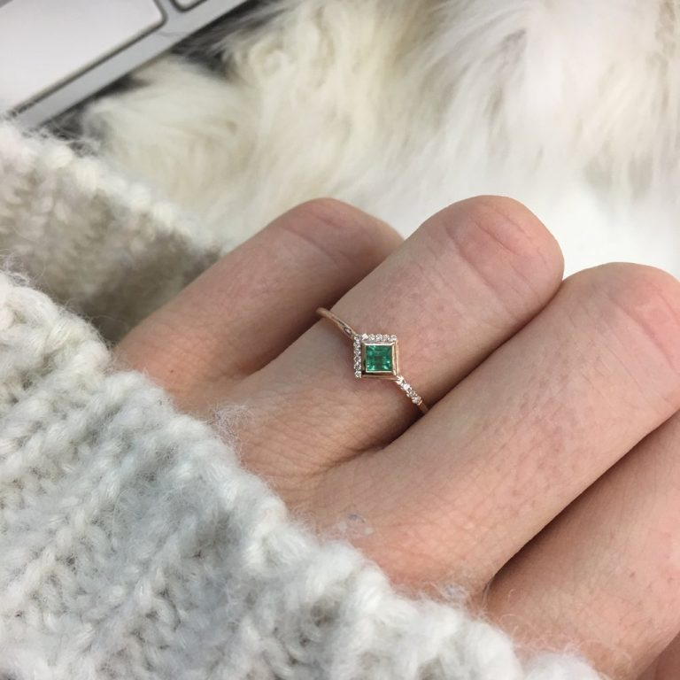 Emerald & Diamond Mysterieux Ring