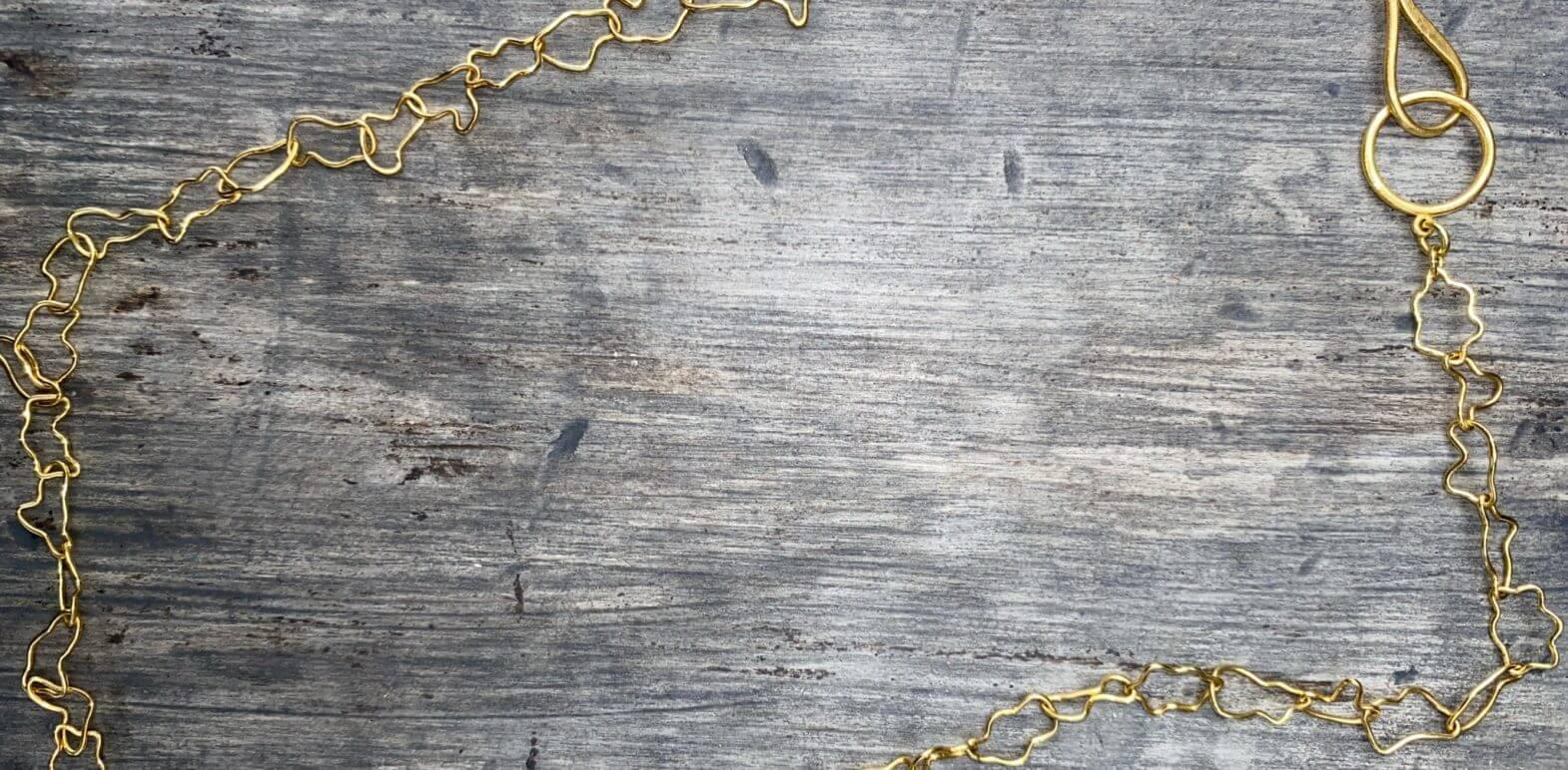 Kanwar Crazy Chain Necklace